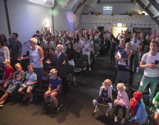 Schinnen, Pays-Bas, 2 septembre 2018 Louange lors d'un concert d'adoration à l'Eglise pour le début de la nouvelle saison