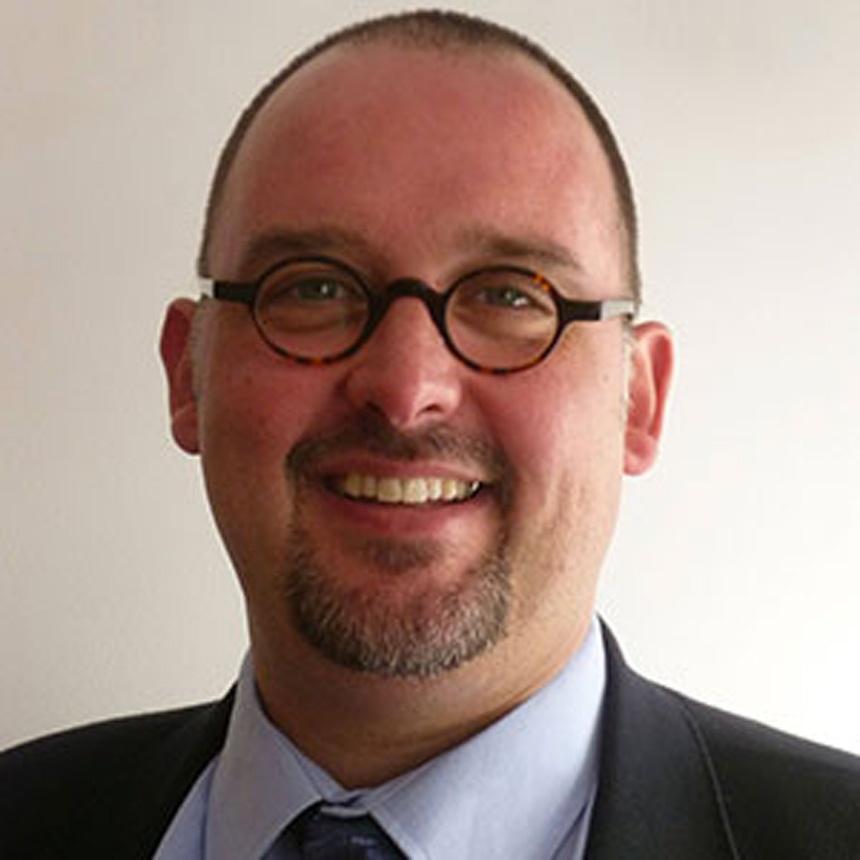 Jacques Nussbaumer est professeur de théologie systématique à la Faculté libre de théologie évangélique de Vaux-sur-Seine.