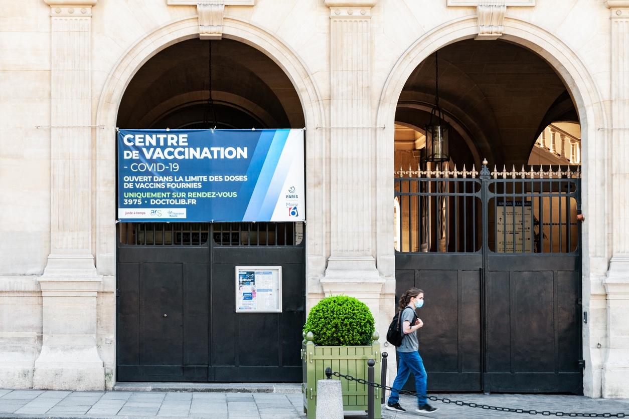 Centre de vaccination à Paris, en juin 2021