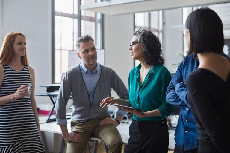 Les changements professionnels sont de plus en plus nombreux dans un marché du travail toujours plus souple. Comment appréhender, d'un point de vue chrétien, cette mobilité? La fidélité n'est-elle pas à encourager? Pistes de réflexion.