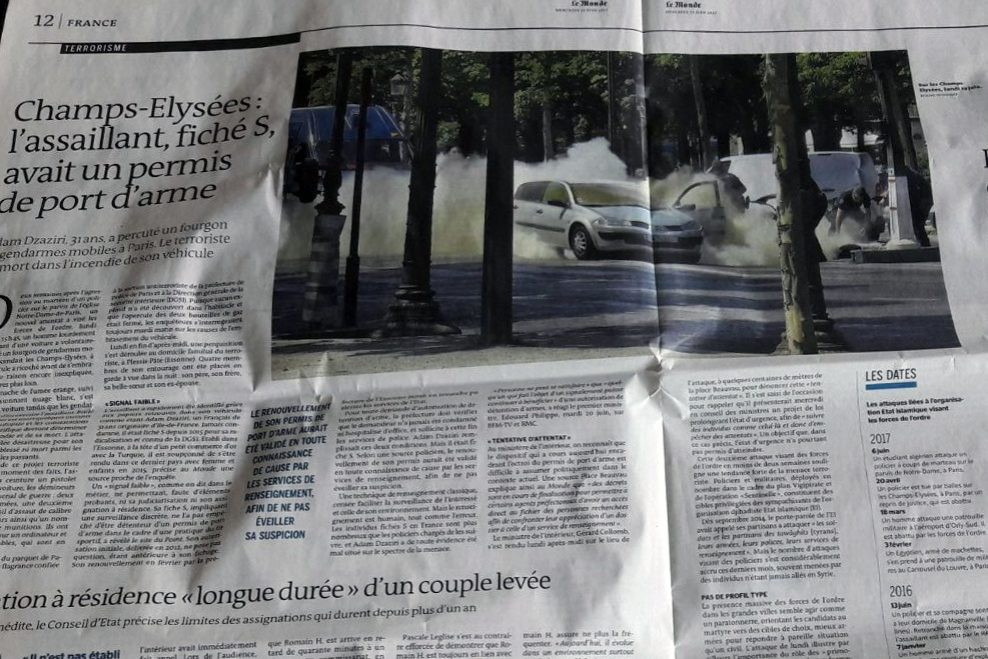 Un article du quotidien Le Monde racontant l'attentat manqué du 19 juin 2017, sur l'avenue des Champs-Elysées